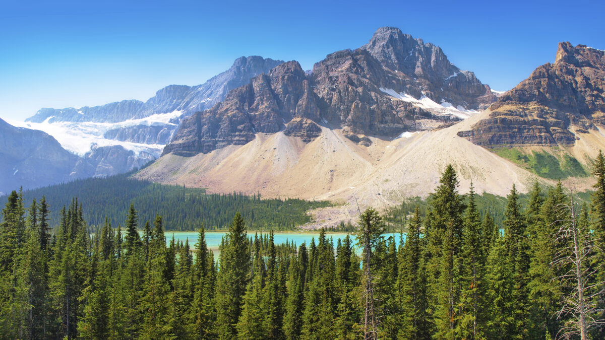 Icefields-Parkway-Bow-Lake