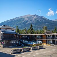 Mount Robson Inn (back view)